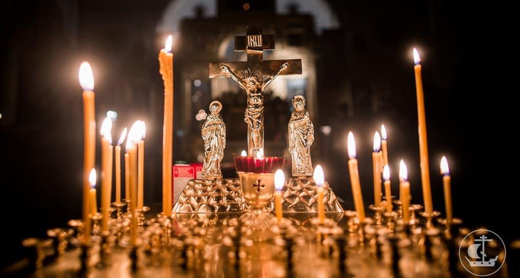 Православные первоиерархи молятся о жертвах крушения Ан-148