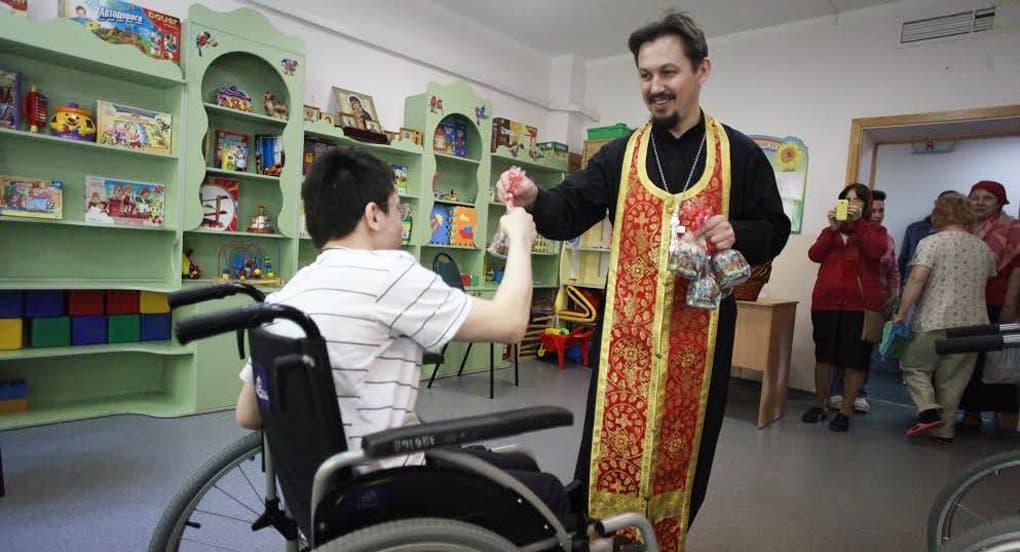 Благотворительность является приоритетом в жизни Русской Церкви, - патриарх Кирилл