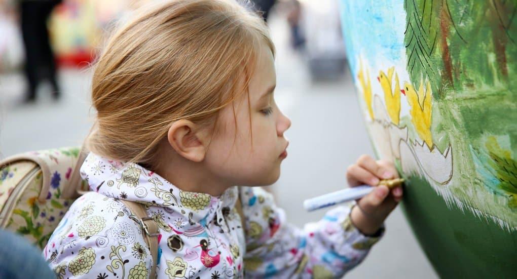 На фестивале «Красная горка» школьники посоревнуются в росписи яиц