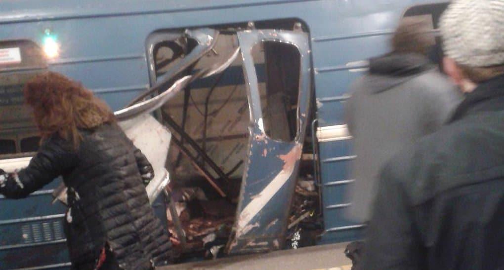 В метро Петербурга произошел взрыв