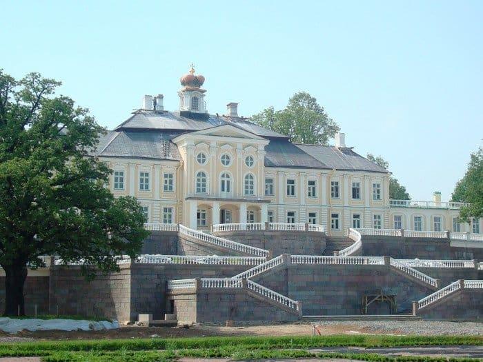 Oranienbaum_Palace_Chezenatiko_вики