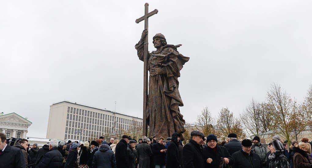 Памятник князю Владимиру признали лучшим в столице в 2016 году
