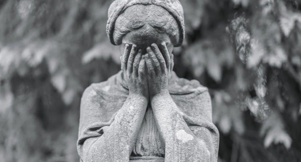 Замершая беременность — грех или нет? Отвечает священник