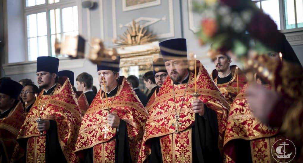 Можно ли исповедоваться любому священнику?