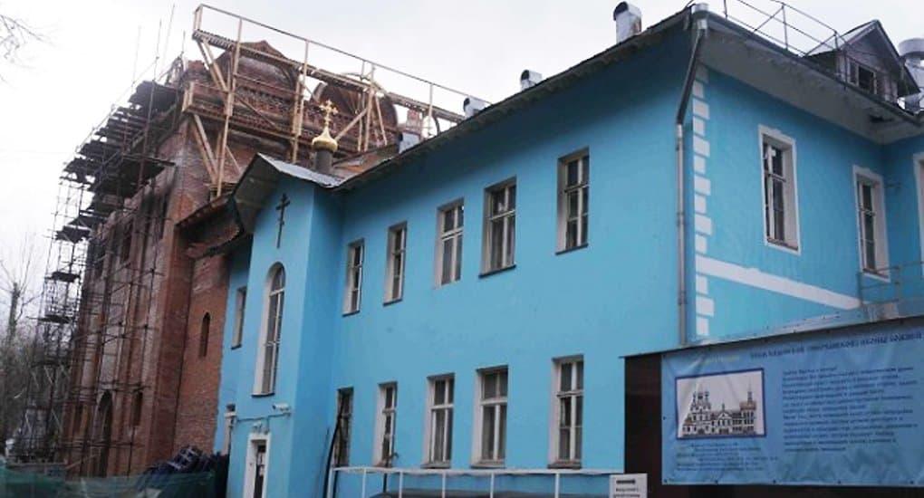 Ветхие здания Москвы предложили перестраивать в храмы