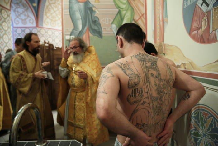 В «Бутырке» впервые совершили Крещальную литургию
