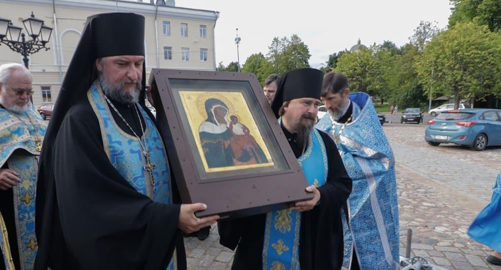 Из Финляндии в Россию во второй раз за 70 с лишним лет принесли Коневскую икону