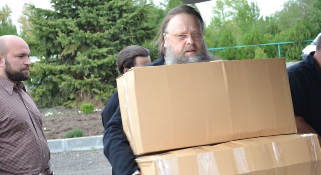 Ростовская епархия продолжает помогать пострадавшим от крупного пожара