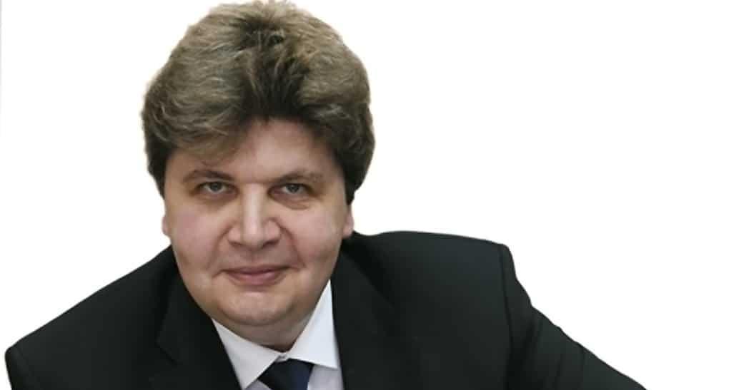 Сегодня исполняется 50 лет Ярославу Скворцову