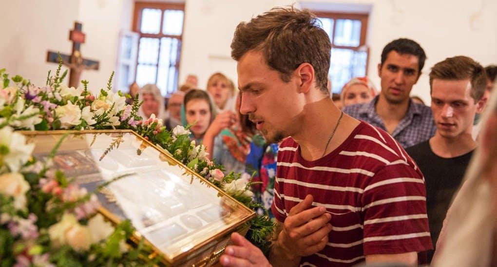 Более 80% россиян считают, что над Церковью шутить нельзя