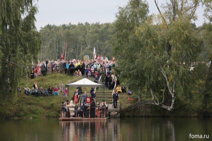 Через Москву-реку на плотах