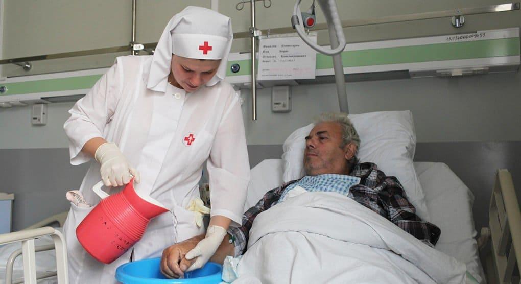 Растет число православных волонтеров, работающих в больницах