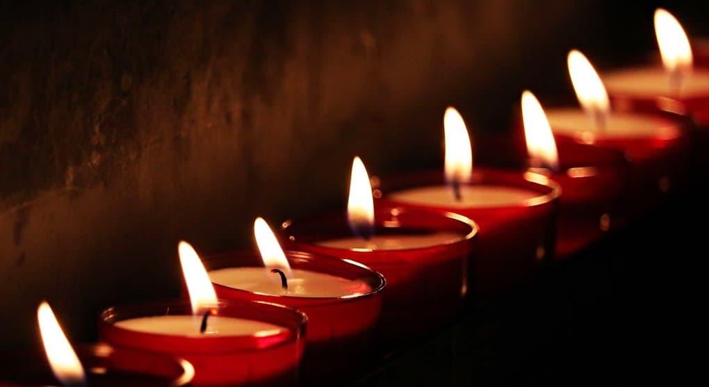 О погибших и пострадавших при пожаре в ТЦ Кемерово помолятся всем Кузбассом