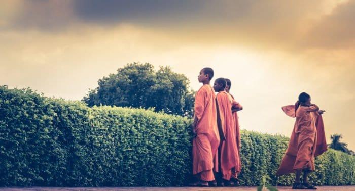 Муж увлекся буддизмом, как быть?