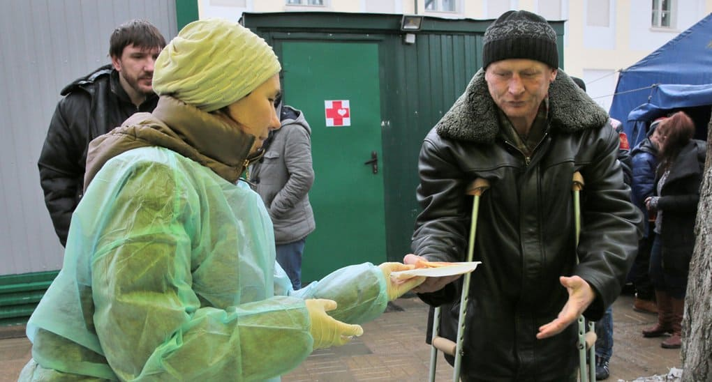 День добровольца отмечают в России