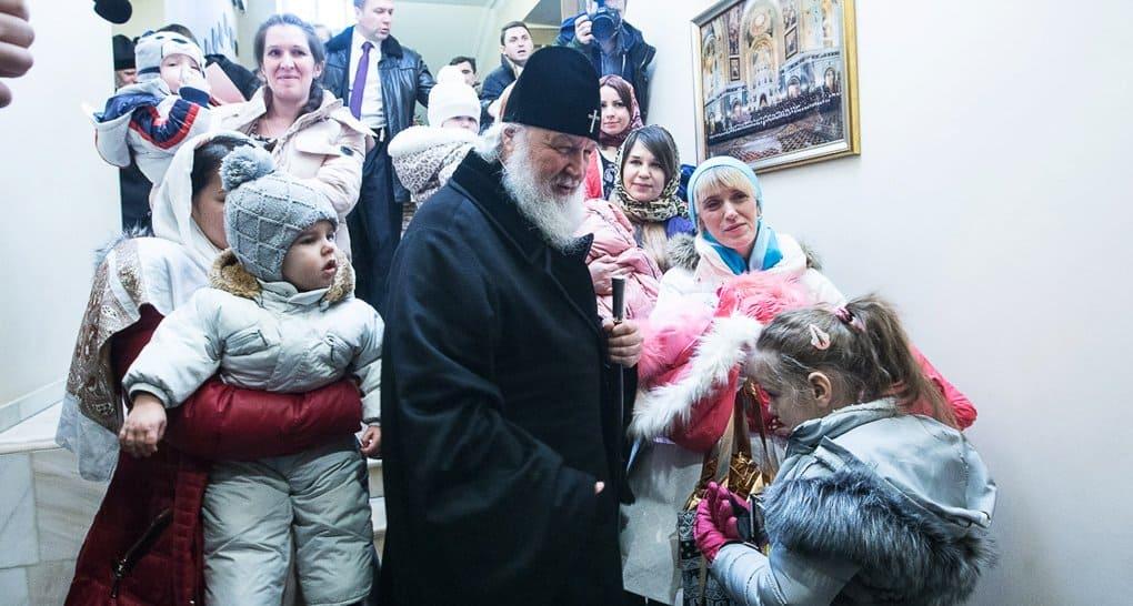 Церковь способна быть общественным камертоном в делах милосердия, - Владимир Легойда