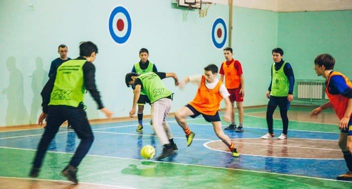 Мини-футбол с большой верой
