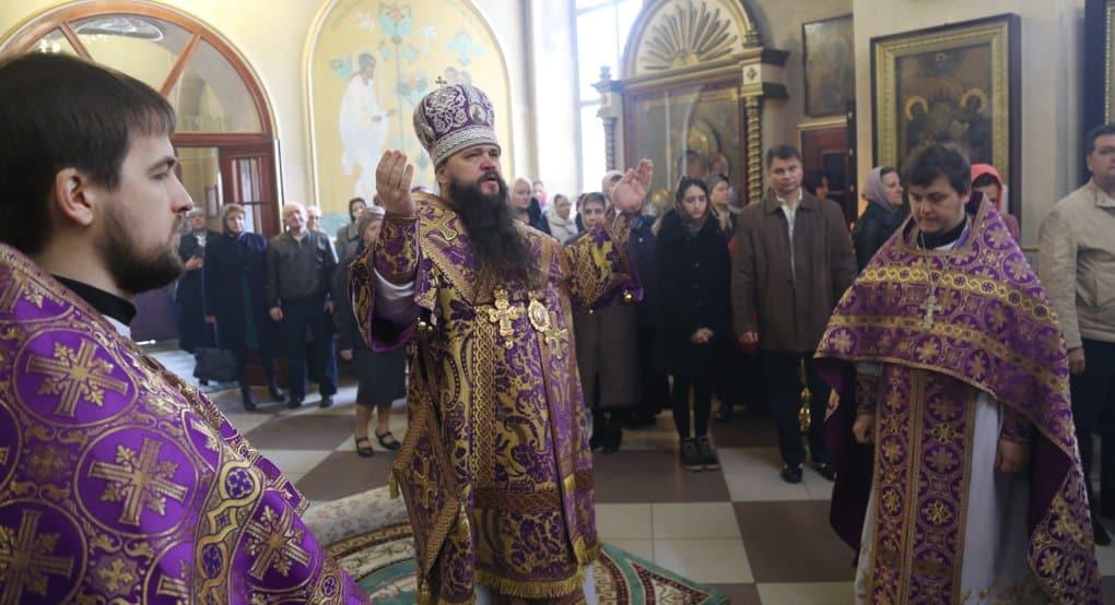 Архиепископ Махачкалинский Варлаам призвал усердно молиться за жертв стрельбы у храма Кизляра