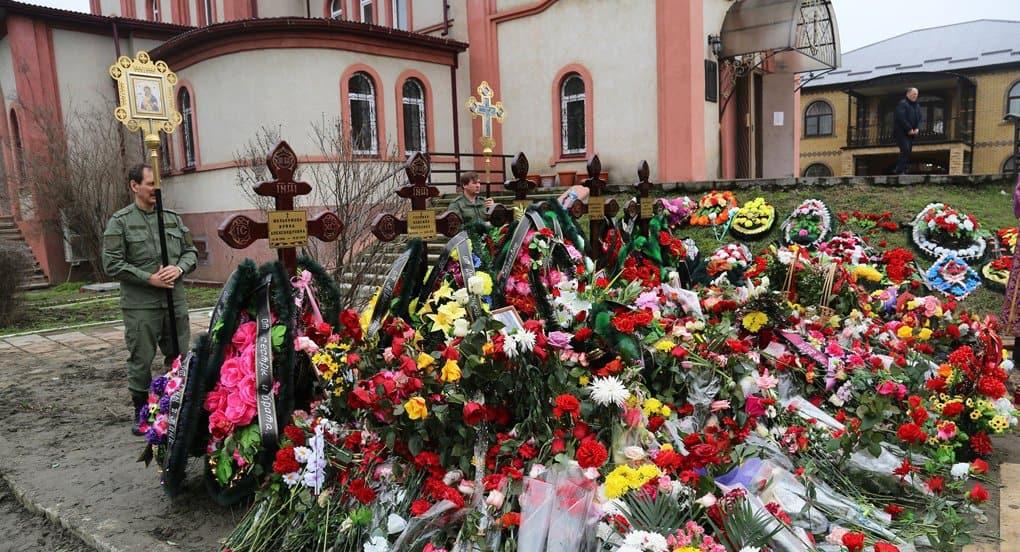 На 9-й день после трагедии в Кизляре в городе помолились о ее жертвах