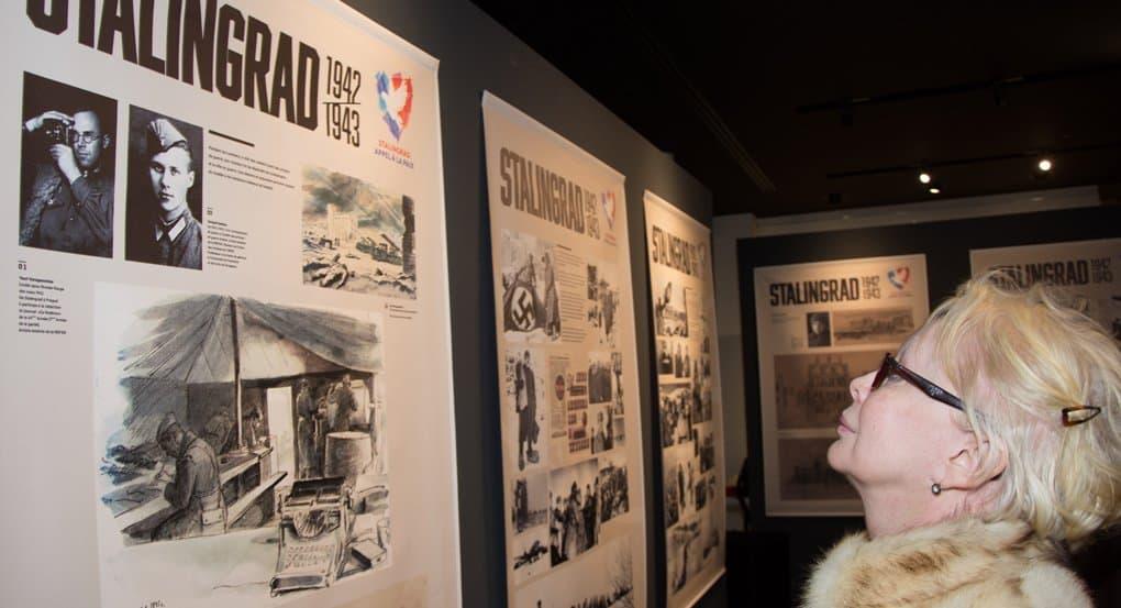 Французы знакомятся с историей и героями Сталинградской битвы