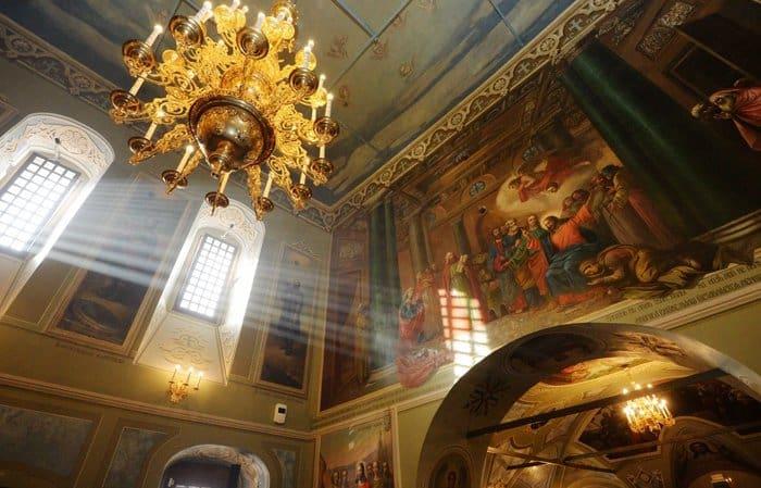 Патриарх Кирилл освятил столичный храм мучеников Михаила и Феодора Черниговских