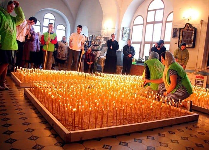 В нижегородском селе зажгли 2300 свечей в память о нерожденных детях