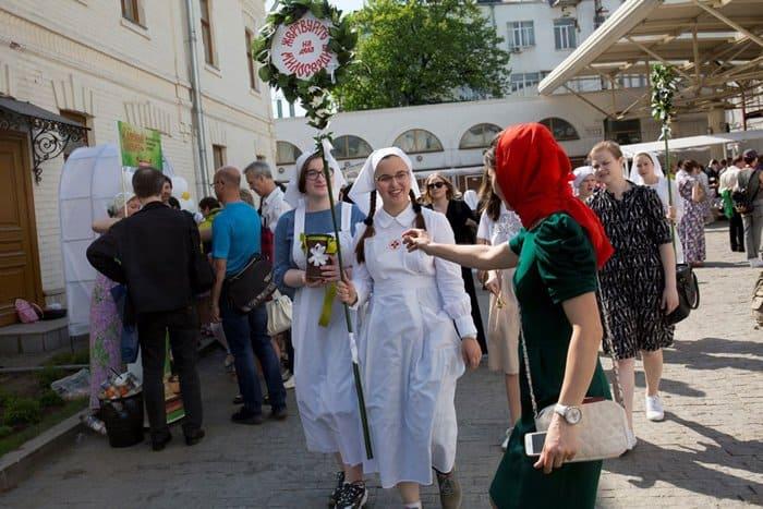 Для малоимущих на «Белом Цветке» собрали более 2,5 миллионов рублей