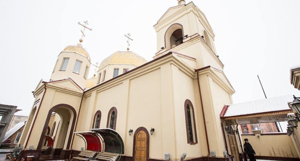 Детский врач был тяжело ранен, но закрыл храм в Грозном при атаке террористов