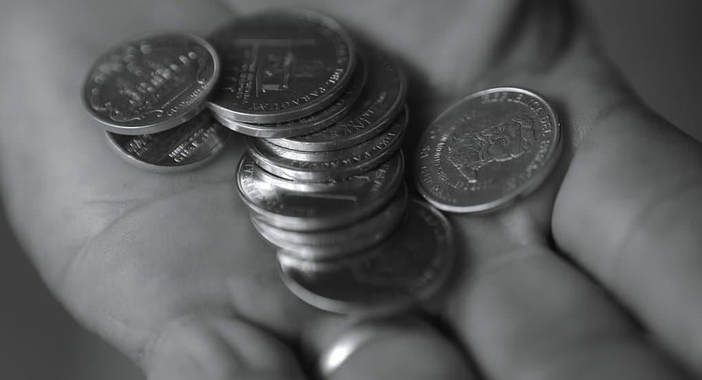Одинокий пенсионер из Коми накопил миллион и отдал его детям
