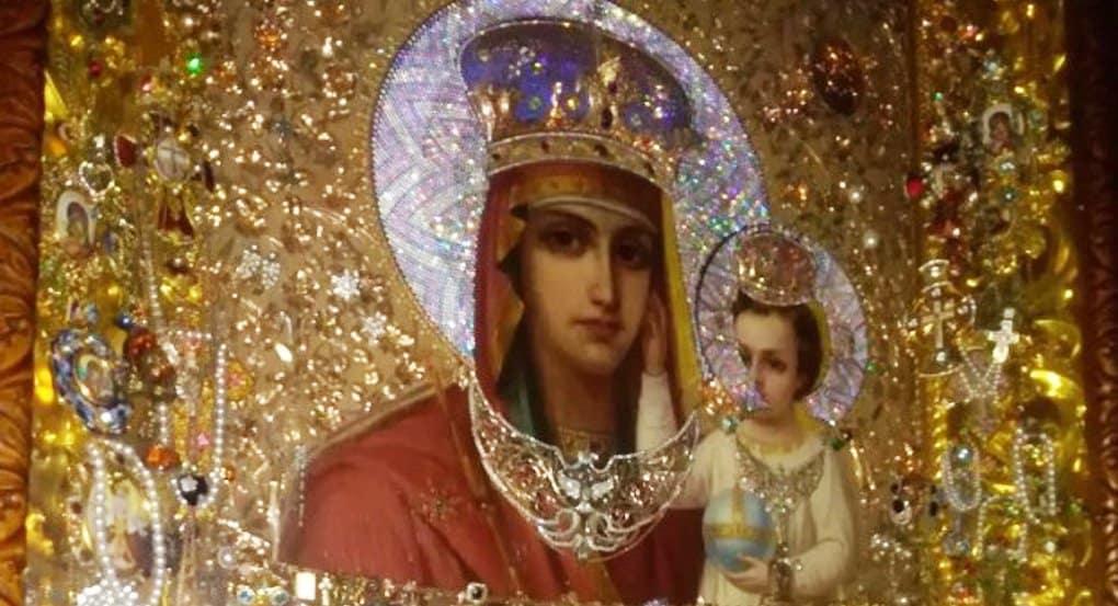 До 14 мая в строящемся храме в Гольянове находится чудотворная икона из Киева «Призри на смирение»