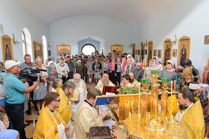 На юге Казахстана освятили новый храм и помолились о жертвах репрессий