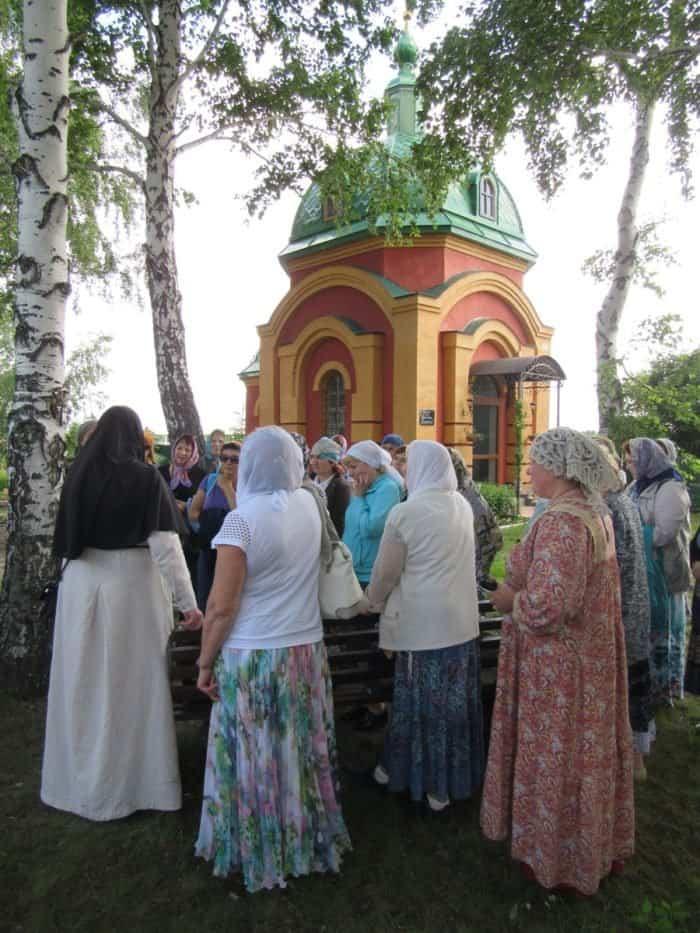 Светские педагоги Омска съездили в монастырь