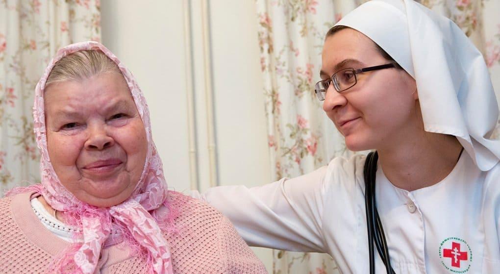 «Милосердие» просит помочь бабушкам и детям