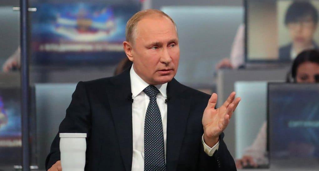 Каждый человек рождается с верой в Бога, - Владимир Путин