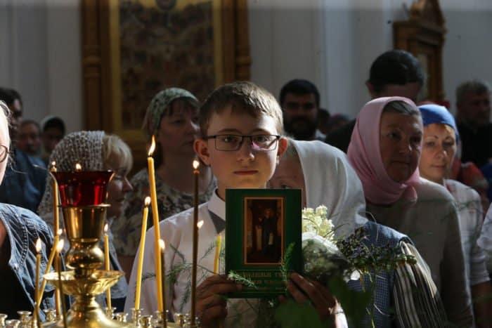 Молитвенное стояние на Угре: 29 июня в Свято-Тихоновой пустыни отметили день памяти основателя обители преподобного Тихона Калужского