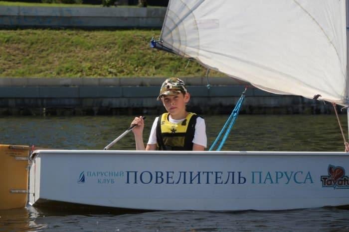 На Урале особо почтили память цесаревича Алексея, устроив детскую парусную регату