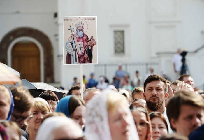 На 1030-летие Крещения Руси в Кремле впервые совершили Литургию под открытым небом