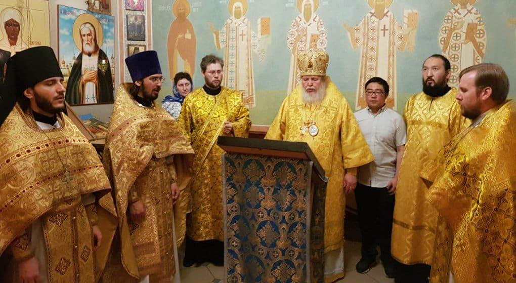 На Казанском вокзале помолились на китайском языке в память об Иоанне Шанхайском