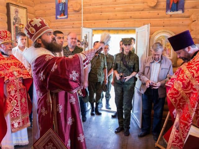 На погранзаставе в горах Карачаево-Черкессии освятили храм