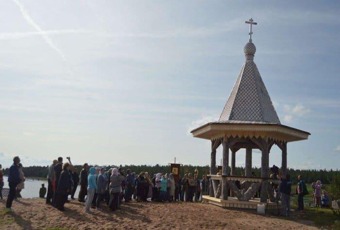 В древнем поморском селе заложили храм на месте разрушенного в советские годы