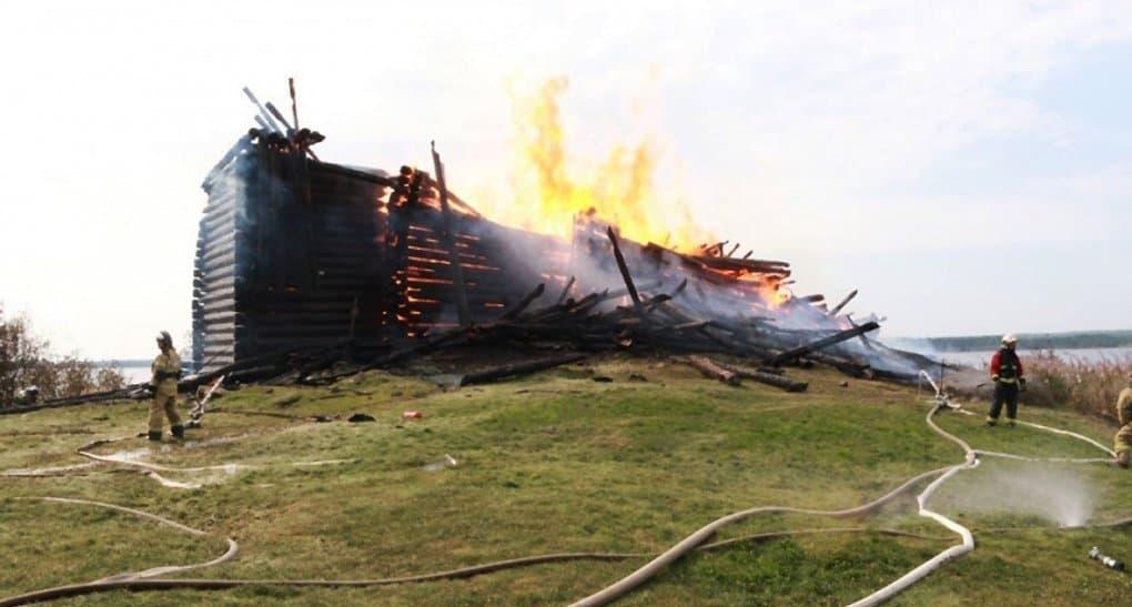 В поджоге Успенской церкви в Карелии подозревают подростка