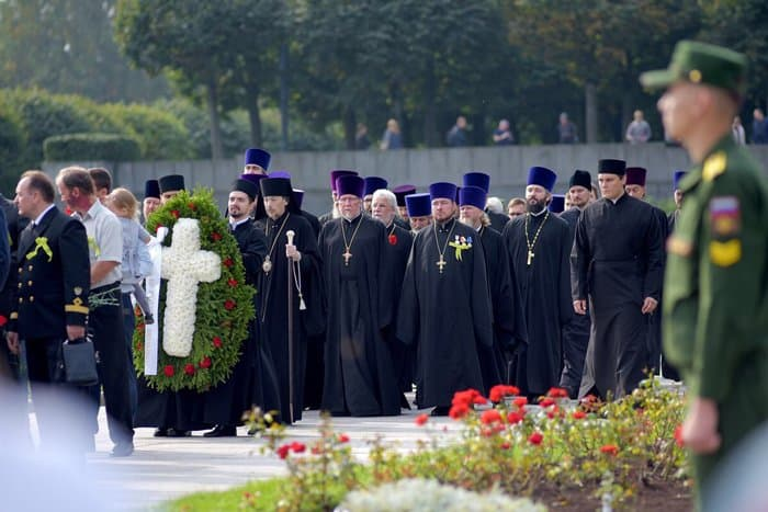 В Петербурге помолились о жертвах блокады Ленинграда в годовщину ее начала