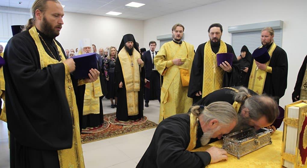 Десницу Спиридона Тримифунтского на сутки принесли в Ярославль