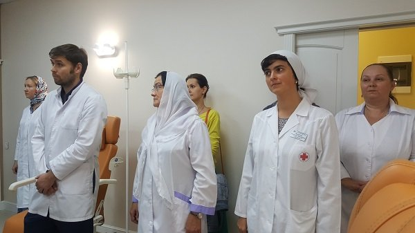 В церковной больнице освятили стационар, в котором будут бесплатно лечить онкологию