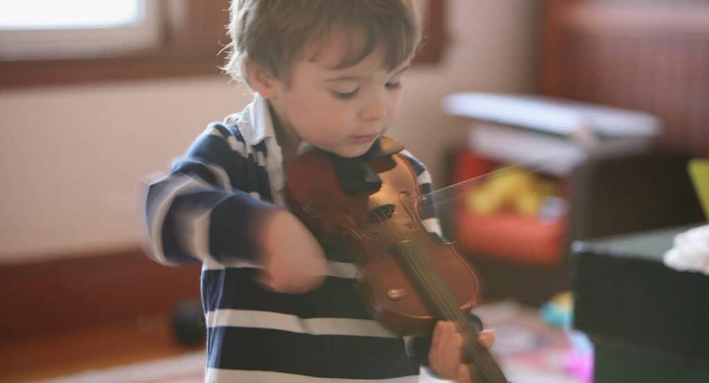 Ребенок хочет поменять саксофон на скрипку. Поддержать?