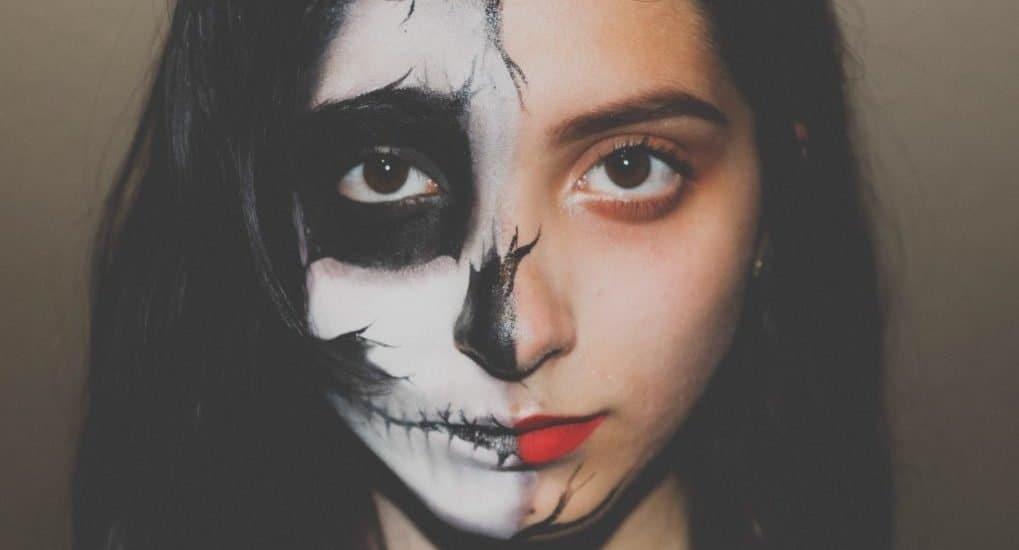 Грех ли нарисовать подружкам грим на Хеллоуин?