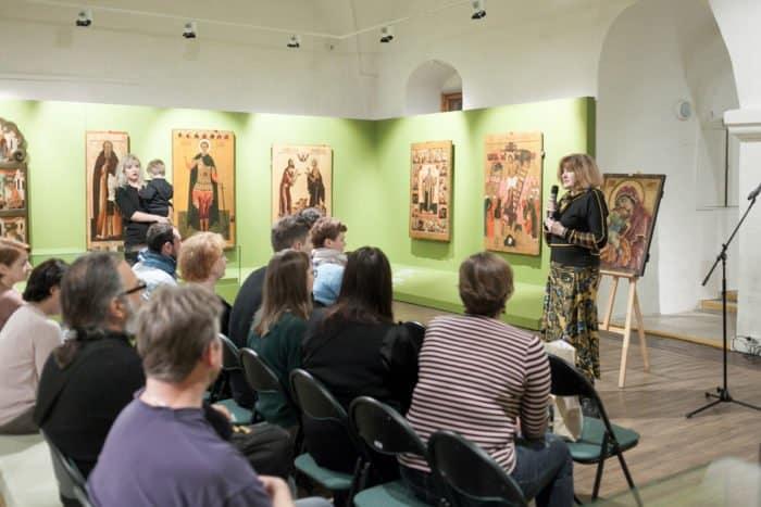 В музее Андрея Рублева появился первый тактильный экспонат