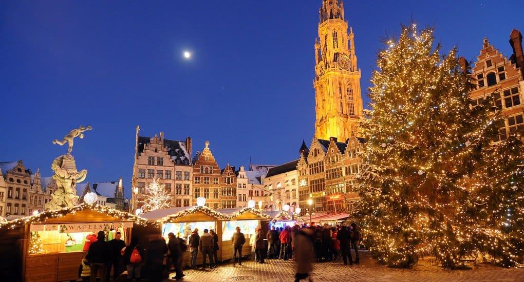 Парламент Бельгии отказался защищать христианские традиции Рождества