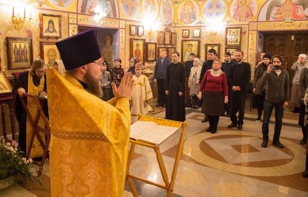 Первый на Дальнем Востоке церковный курс по жестовому языку прошел в Хабаровске