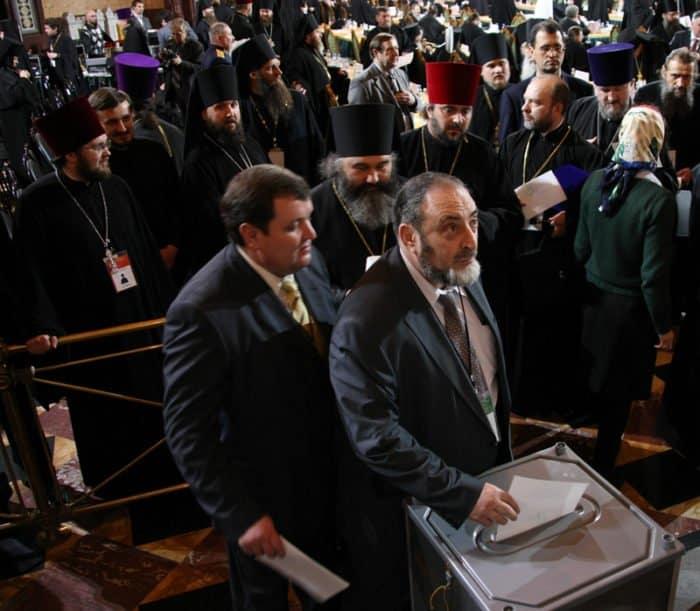 Выборы и интронизация патриарха Кирилла: вспоминаем, как это было